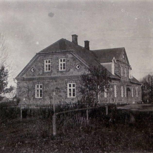 Jūrnieku mājas IX
