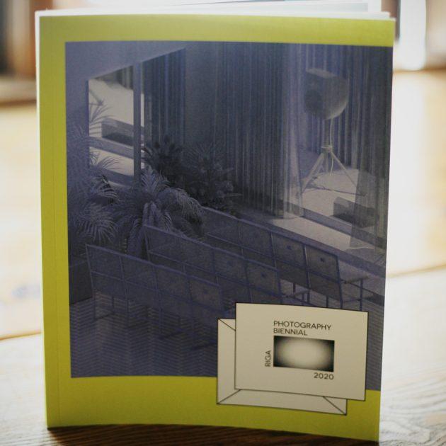 Rīgas Fotogrāfijas Biennāles 2020 katalogs arī pie mums!