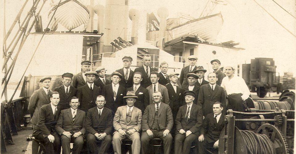 "Tvaikoņa ""Spīdola"" komanda, ap 1930. g."