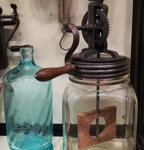 Молотилка для масла. Латвия, начало 20 века